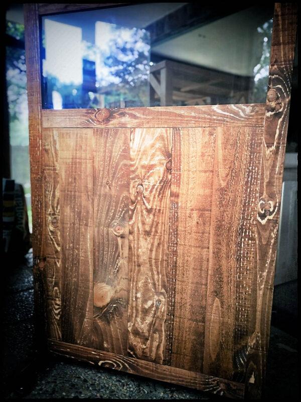 dpales mampara metacrilato y madera restaurantes nogal oscuro